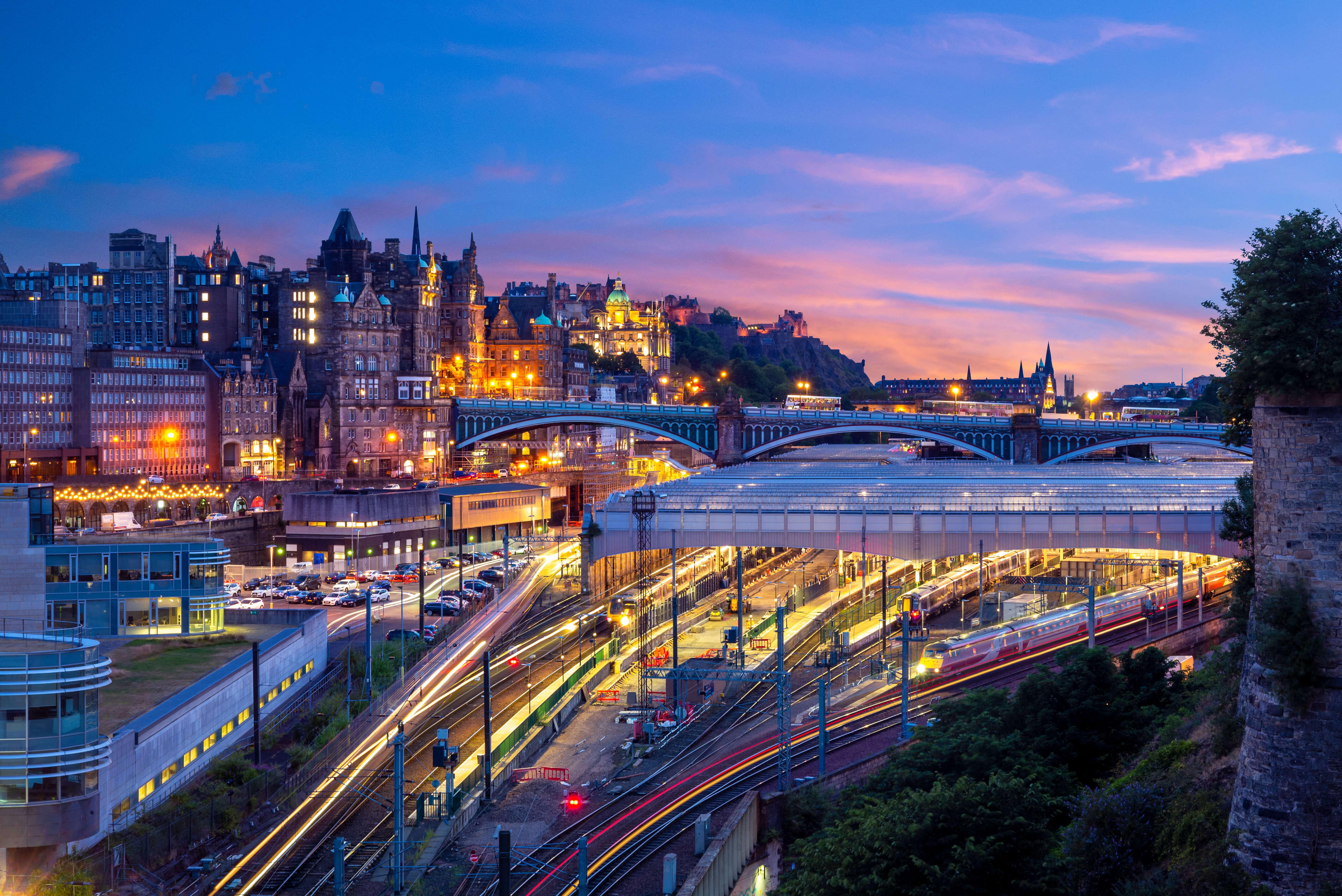 Edinburgh Waverley at night