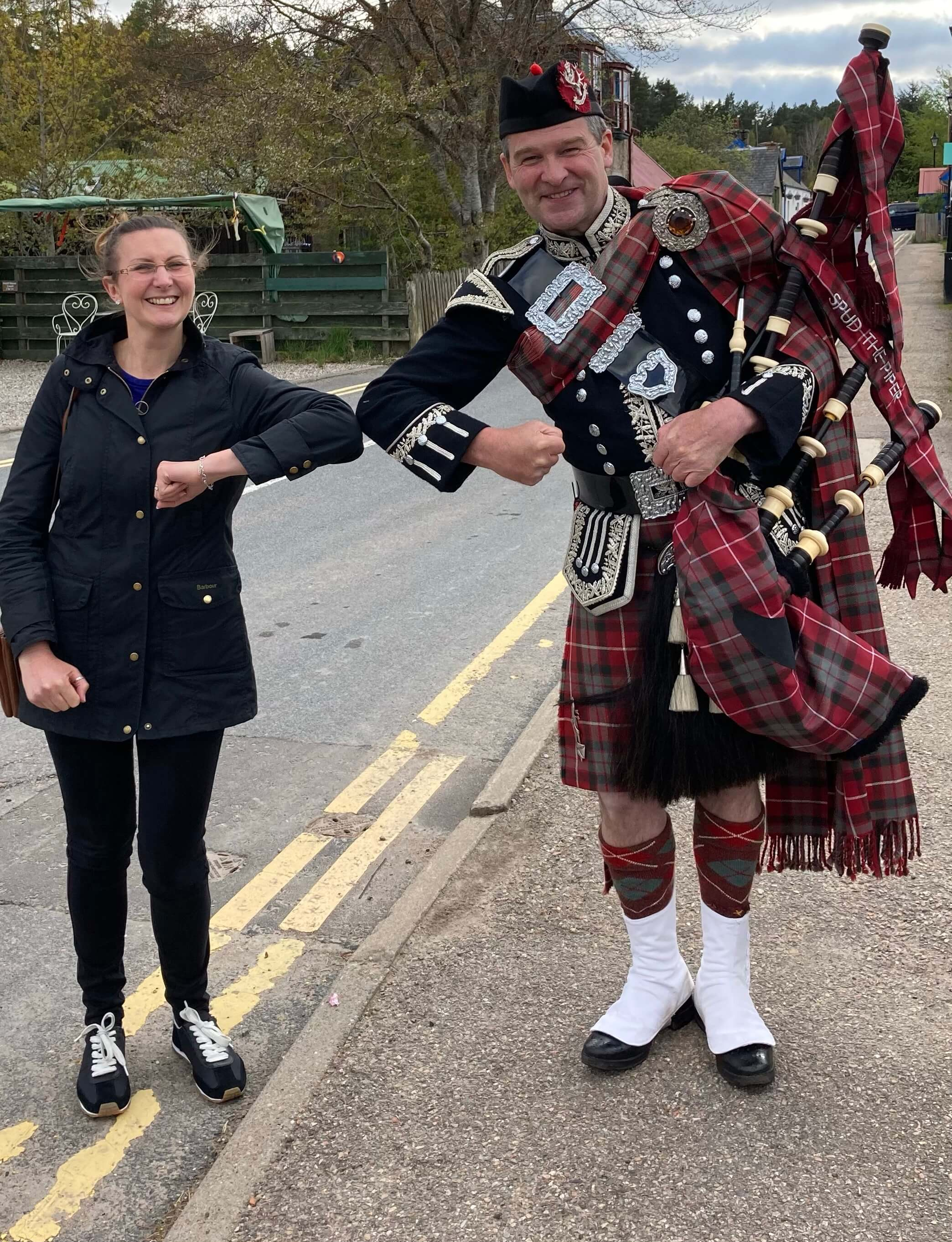 Back at the Carrbridge Hotel, Jo met Spud, a local bagpipe player. Credit: Joanna Roberts